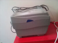 Overhead projector in very good condition with manuals etc for sale