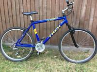 Bicycle Trek 4000