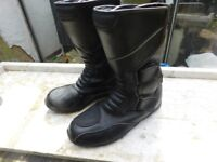 BIKER BOOTS SIZE 7 ONLY £8