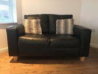 2 & 3 seater Leather sofa