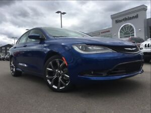 2016 Chrysler 200 S 3.6L V6 9 Speed