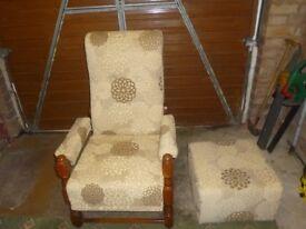 manuel recliner chair in a beige cloth