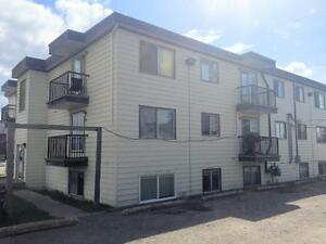 GREAT REDUCED RATES ON THESE 1 & 2 BED SUITES