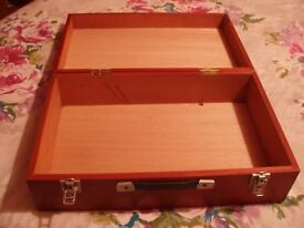 SMALL WOODEN CASE