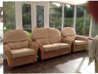 Wicker suite 2 seater sofa + 2 chairs