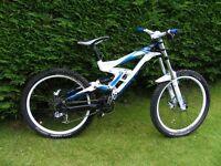 Scott gambler 2011 large downhill bike