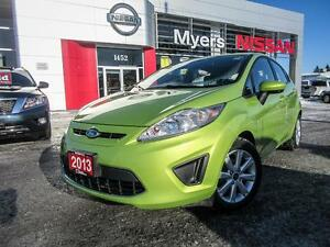 2012 Ford Fiesta SE, Only 20,536 KM !!wow, auto with Sunroof