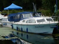 boat 31f Waterways cruiser 6-berth