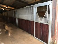 4 Second Hand In Barn American Style Monarch Stable fronts
