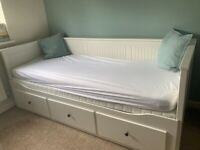 IKEA Hemnes Day Bed including mattresses