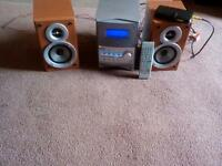 JVC Mini HiFi - plays DVDS and MP3s, Excellent condition.
