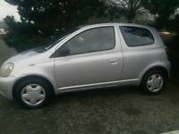 TOYOTA YARIS AUTOMATIC 1LADY OWNER MOT TILL 30/07/2017 62850 WARRANTED MILES SUNROOF HPI CLEAR
