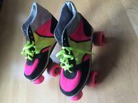 Roller skates, girls, size 6, good condition