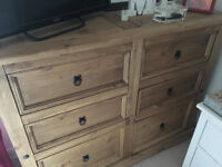 Chest of 6 drawers with just 1 month of use. As new!
