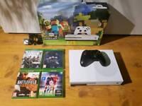 Xbox one s 500gb LIKE NEW!!!