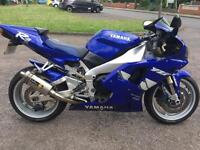 Yamaha r1 very clean