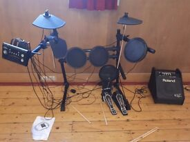 Electronic drum kit and drum amp