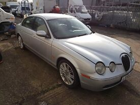JAGUAR S TYPE DIESEL auto sport FOR SPARES ,REALLY GOOD ENGINE .