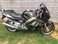 Honda cbr 600 f 1999 great condition. Full MOT