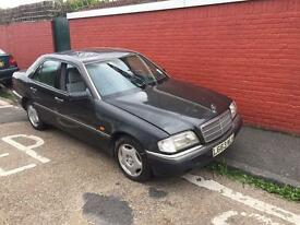 Mercedes c180 classic NO OFFERS