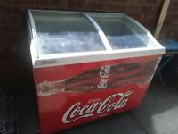 COCA COLA CHEST FREEZER - FULLY WORKING