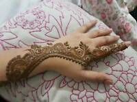 Mobile Henna Artist with 15 years experience