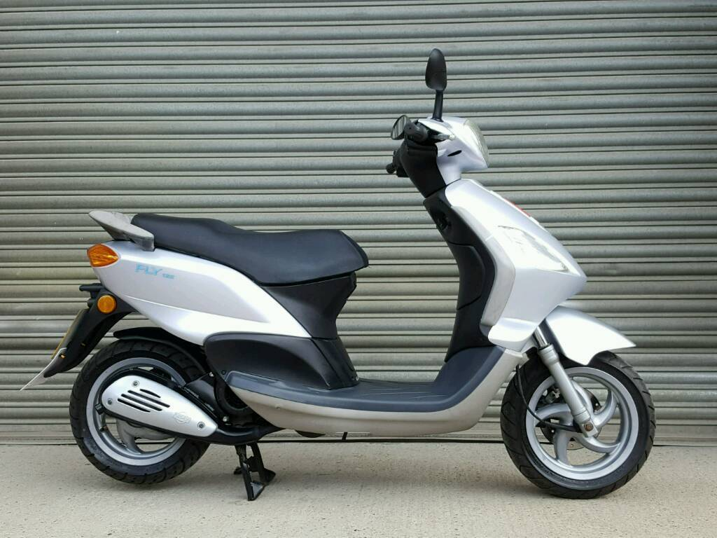 2008 piaggio fly 125 scooter full mot low mileage in taverham norfolk gumtree. Black Bedroom Furniture Sets. Home Design Ideas