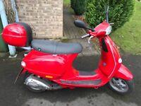 Vespa 125cc Classic Red Edition