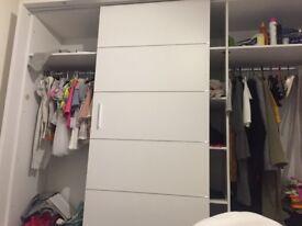 Free sliding wardrobe