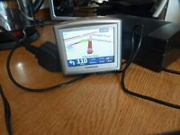TOM TOM SAT NAV, EXCELLENT CONDITION, UP TO DATE MAPS, SPEED CAMERA ALERTS ETC, BARGAIN £25
