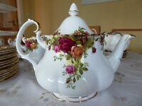 Royal Albert - Country Roses China