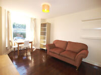 A stunning & bright 2 double bedroom garden flat located in FinsburyPark close to Wray Crescent Park