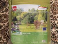Garden chair and bench seat pads in very good condition