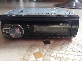 Car stereo Pioneer DEH-2600UI