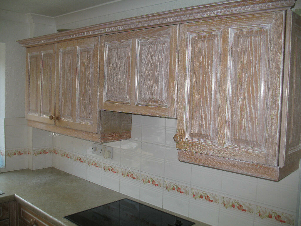 Kitchen For Sale 5 Base Units And 4 Wall Units Limed Oak Doors And Drawers In Birmingham