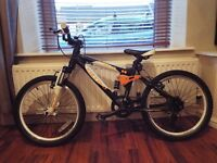 "Boys Carrera Detonate 20""Wheel Mountain Bike - suitable for 7-9 years old & 2 helmets"
