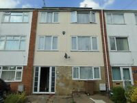 Lovely 3 bed flat all bills included .. LU3 1UZ