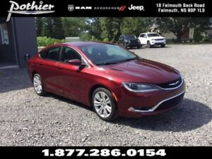 2015 Chrysler 200 Limited |LEATHER | BACK UP CAMERA | HEATED MIR