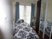 ** CLEAN & SPACIOUS SINGLE ROOM IN A SMALL HOUSE IN POPLAR E14 / CANARY WHARF