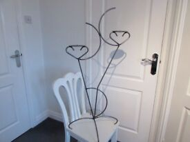 USED FREE STANDING METAL FRAME TWIN CANDAL STICK HOLDER