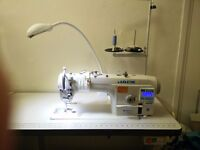 Industrial Jack fully automatic flat sewing machine, excellent condition