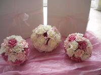 Pink and cream posies