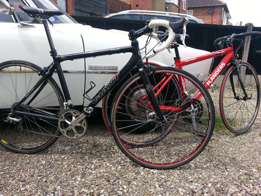 Giant Road Bike X2 (his&hers) | in Little Sutton, Cheshire | Gumtree