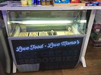 Ice cream scooping cabinet curved glass 6 N