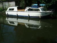 27' DAWNCRAFT CABIN CRUISER 4/8 BERTH Beam 6ft 10 inch, suit canals and river!