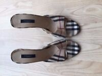 Burberry Ladies Size 7 High Heel Shoes Classic Plaid