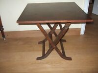 FINE ANTIQUE COLLAPSIBLE TABLE