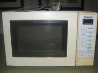 Panasonic Microwave - White Old Model Great Build Quality