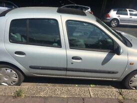 1.6 silver Clio car
