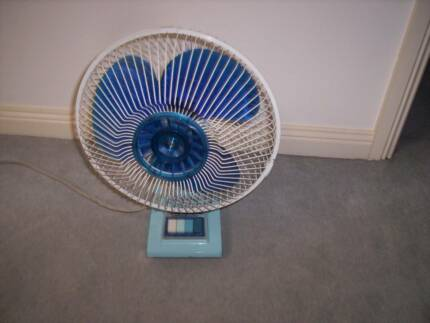 Vintage Quality Table Fan 3-Speed. Made by Mitsubishi Electrics